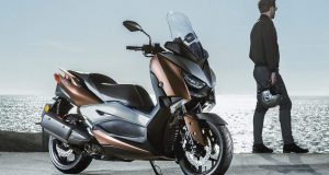 Yamaha X – Max 300 Control Traction A Maxiscooters