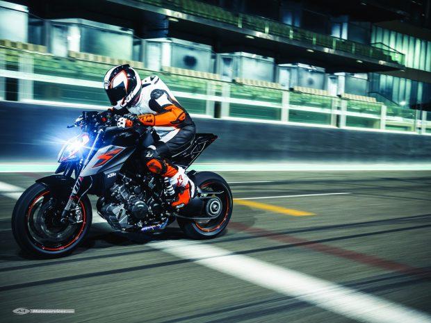 KTM 1290 Super Duke R 2017 Motorcycles