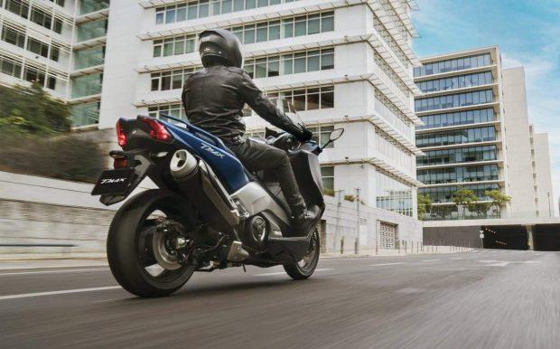 Yamaha T-max Three New Version Maxiscooters 2017